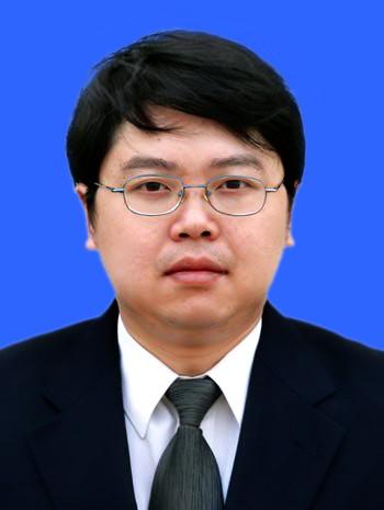 重庆律师-何诚