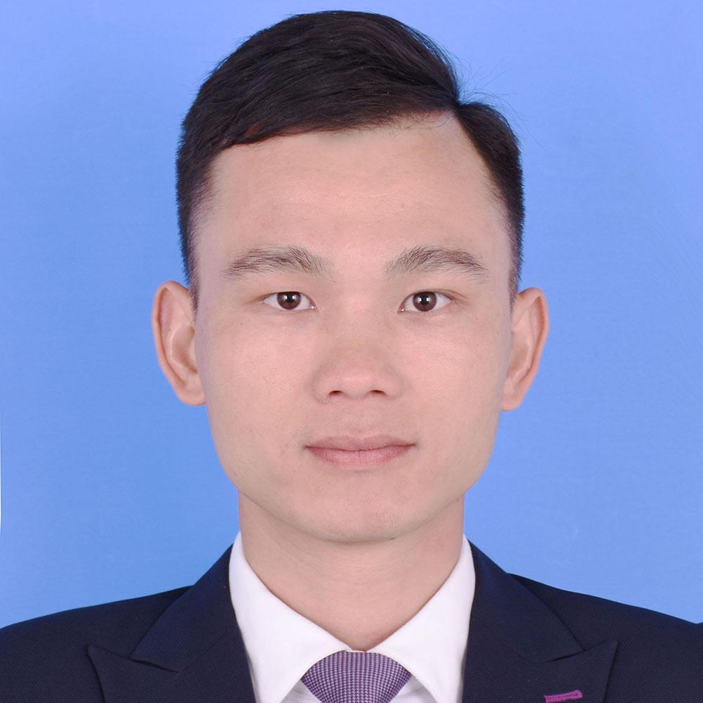 廣州律師-何觀舒律師