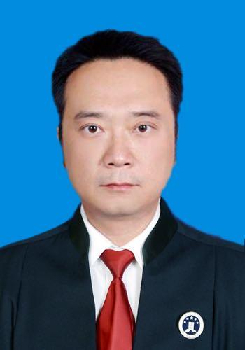 伊犁州律师-谭勇