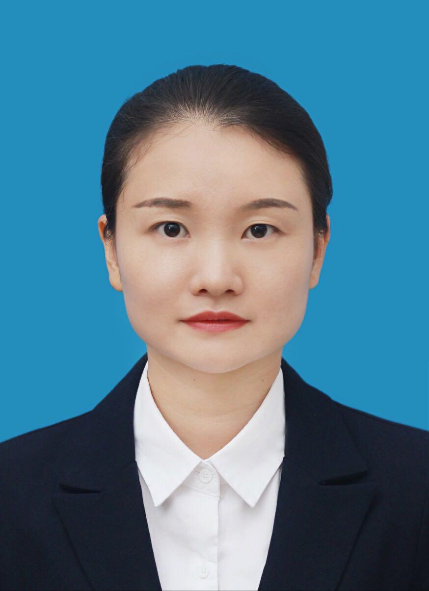三亚律师-黄官漫