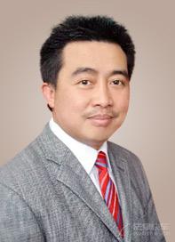 彭鋮珍律師